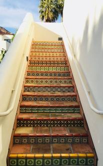 tile-stairs-e1520297647373.jpg